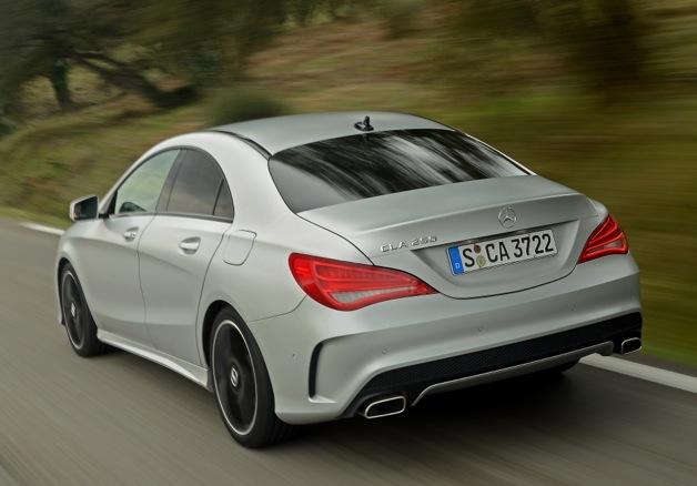 Mercedes benz cla 250 copiado por sus competidores for 2014 mercedes benz cla 250 sport