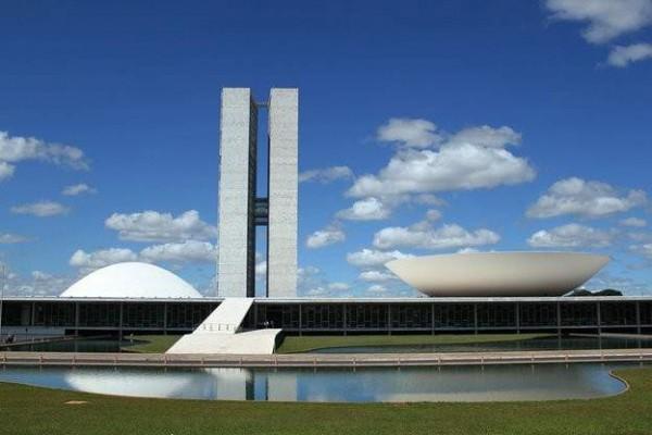 Oscar niemeyer la vida me parece m s importante que la - Arquitecto de brasilia ...