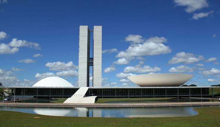 Oscar niemeyer la vida me parece m s importante que la - Mas arquitectura ...
