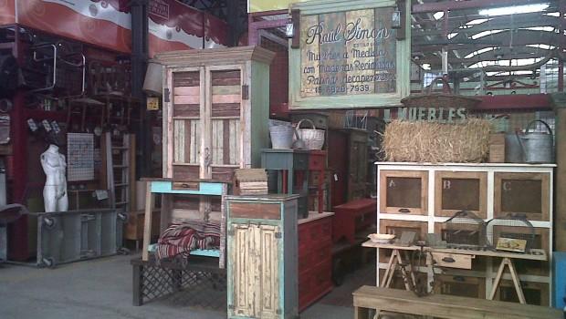 El eterno encanto de los mercados de pulgas - Casa de las pulgas ...