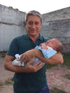 Carlos Felice bebé niño
