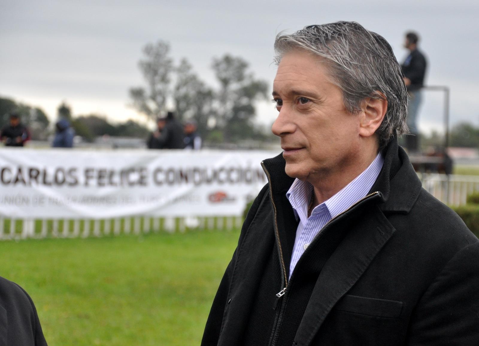 """Carlos Felice: """"me cuesta comprender las posturas sin integridad"""""""